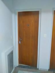 Apartamento para alugar com 2 dormitórios em Zona 07, Maringa cod:L3233