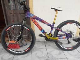 Bike aro26 semi nova