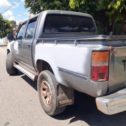 Hilux ano 2000 2.8 R$ 28.000,00