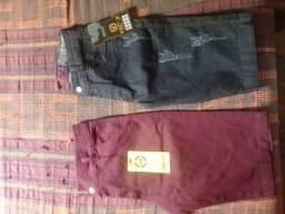 Duas bermudas jeans por $70,00