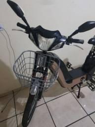 Bicicleta elétrica c alarme