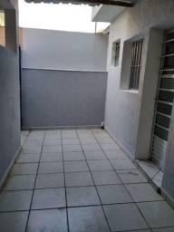 Aluga-se Casa de 02 Comodos na Zona Norte PQ Edu Chaves