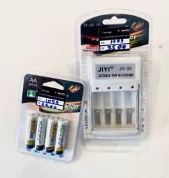 Kit com 4 pilhas recarregáveis AA ou AAA + carregador