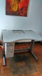 Mesa para escritório c gavetas