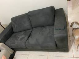 Vendo 2 sofás 2 lugares com almofadas