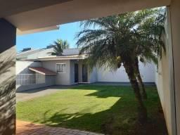 Casa a venda em Campo Mourão-PR - R$420.000
