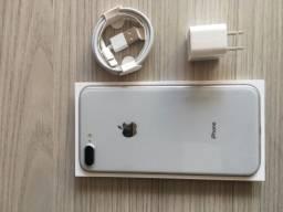 IPhone 8 Plus 64GB prata estado de zero