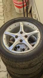 Jogo roda 15 4x100 pneus 195/55 R15