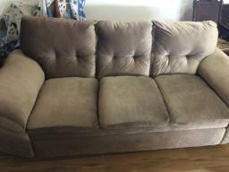 Excelente sofá 3 e 2 lugares. Praticamente sem uso.