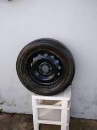 Roda e pneu aro 14