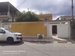 Casa LiNear de 2 Qts, quintal, garagem, atrás da UPA do Bairro Botafogo - N.Iguaçu