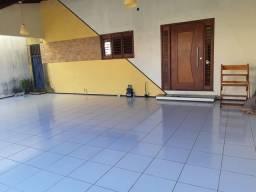 Casa em COND - 3 quartos - 420mil - Excelente Localização