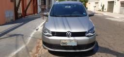 Volkswagen Fox iTrend 13/13 1.6 flex Completo abs e airbag  único dono
