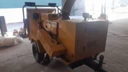 Triturador florestal, picador de galhos - Vermeer BC1000 Xl