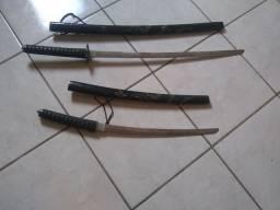 Espadas de aço