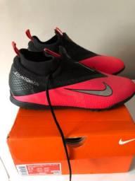 Chuteira Nike React Phantom Vision 2 Pro Unissex
