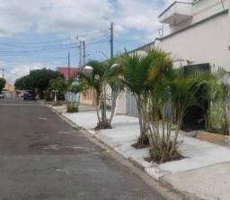 Pq Via Norte casa fundos e/s.indep.1 dorm+dep. gar.prox bosch 8 km do centro c/prop