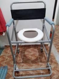 Cadeira pra banho Nova!!!