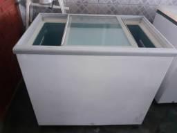 Freezer Horizontal tampa de vidro  metalfrio