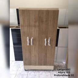 Armário Multiuso 4 portas