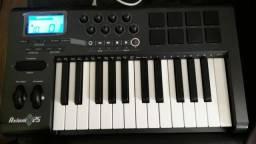 Teclado controlador MIDI c/ aftertouch M Audio Axiom 25 - preço para desapego