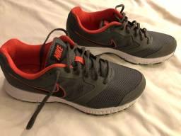 Tênis Nike cinza novo