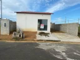 Vende-se uma casa no condomínio nova Manaus