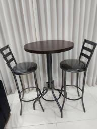 Mesa Bistro + duas Cadeiras