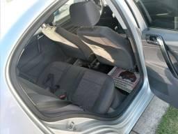 VENDO VW POLO SEDAM 1.6 CONFORTLINE COMPLETO