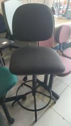 Cadeira caixa reformada