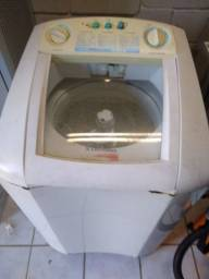 Máquina lavar 7,5 k Eletrolux funcionando perfeitamente.