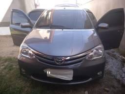 Vendo excelente Toyota Etios sedan 1.5