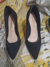 Sapatos 60$