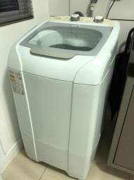 Máquina de lavar Mueller 8Kg - 01 ano de uso.