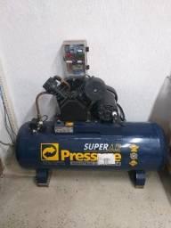 Compressor de ar semi novo