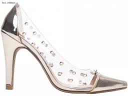 Sapato Scarpin transparente e dourado (Torricella)