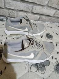 Tênis Nike Original 42