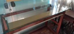 Mesa com tampa de vidro 8mm