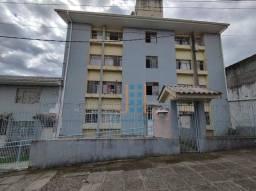 Apartamento com dois quartos no CIC
