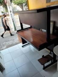 Vendo portas , mesas e freezer