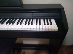 Piano Eletrônico Cassio PX-750