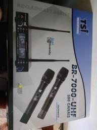 Microfone Sem Fio Duplo De Mão BR-7000 UHF - TSI