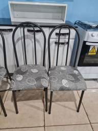 4 cadeiras tubular novas