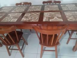 Mesa Decorada de Porcelanato