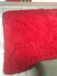 Vendo esse tapete semi novo em perfeito estado de uso