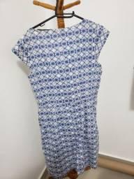 Vestido algodão azul fundo branco