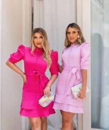 Vestido em linho, na cor lilás