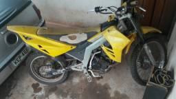 Vendo moto kasinski CRX 150