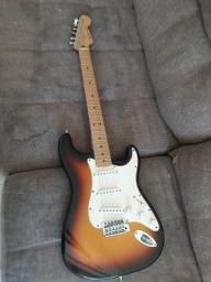 Guitarra Fender Stratocaster - Edição especial 60th anniversary