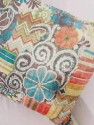 Capa de almofada colorida importada em veludo macio e leve 22,00 Retirar em Piedade